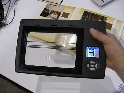 Flip-Pal Mobile Scanner